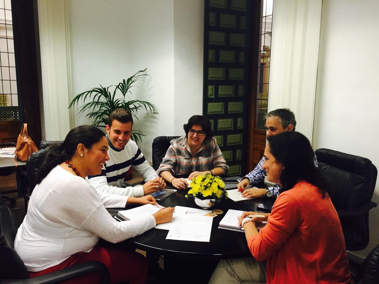 Reunión de trabajo con los responsables politicos y téncnicos de Montoro. 20 octubre 2015.